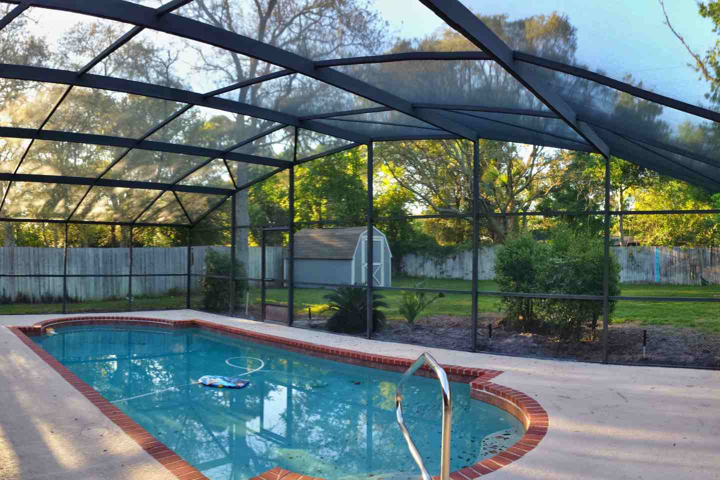 Flaming Arrow Ct, Casselberry.  Re-Screen Pool Enclosure