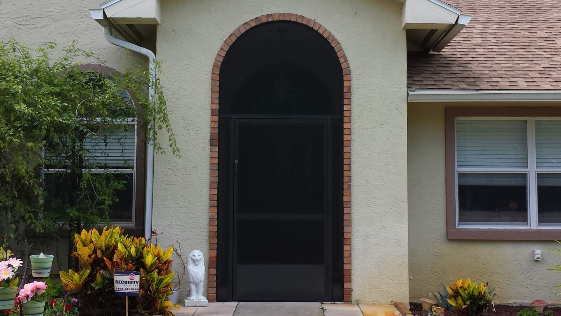 Braddock Ln, Palm Coast.  Oversize Screen Door