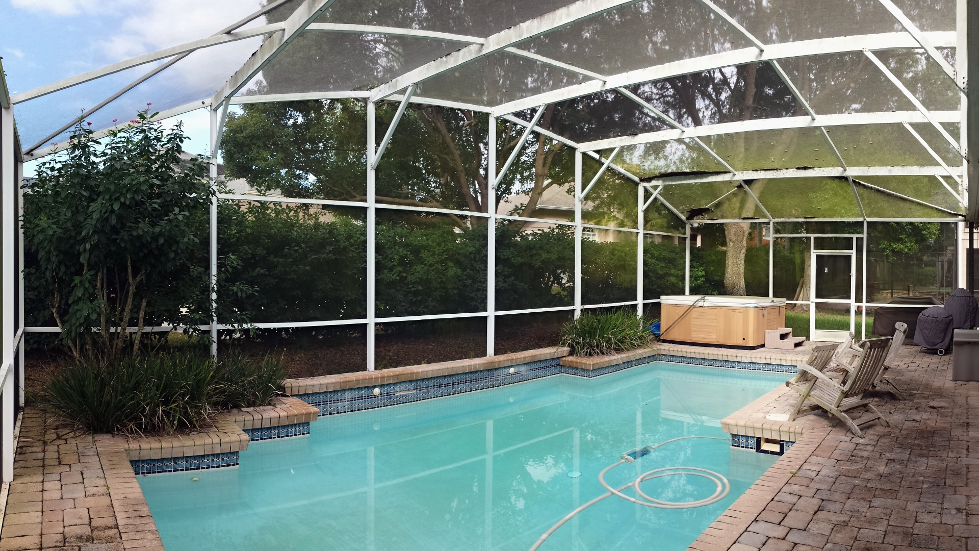 pool-screen-repair-orlando-01-1080p.jpg